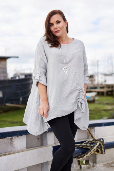 Belle Love Italy Arched Hem Linen Tunic