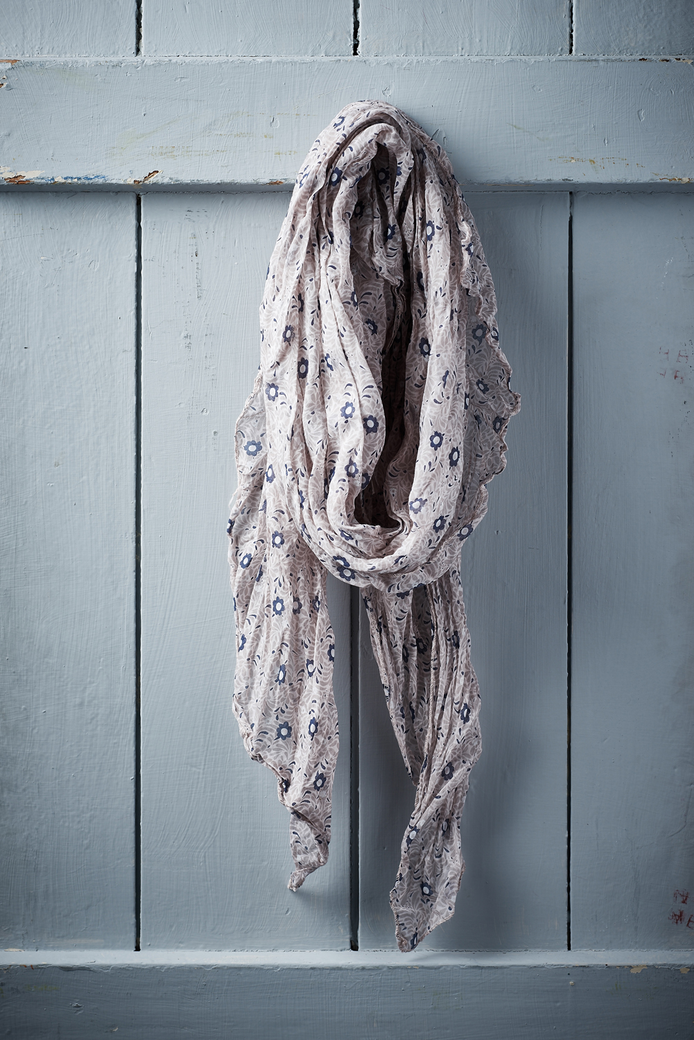 Belle Love Italy Small Daisy Print Silk Mix Scarves