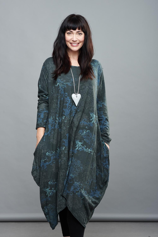 Belle Love Italy Arched Hem Print Dress