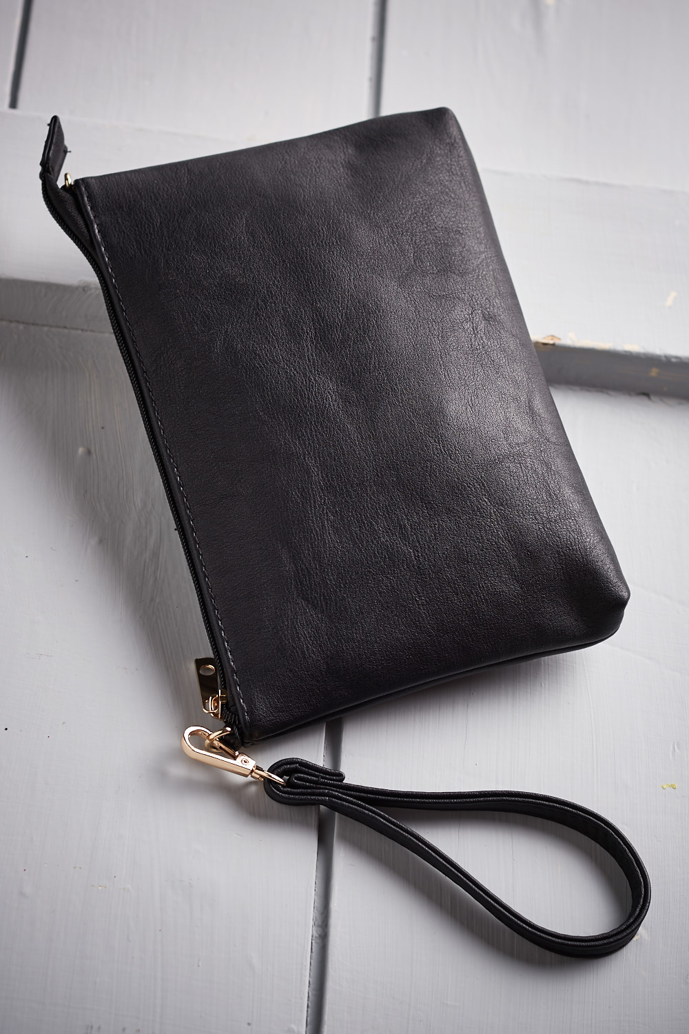 Belle Love Italy Leather Look Clutch Bag