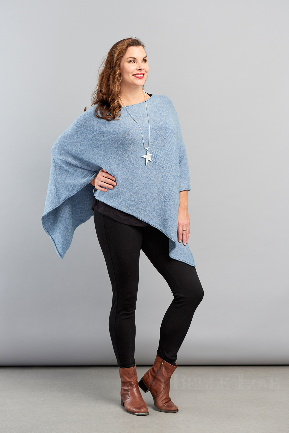 Belle Love Italy Embossed Star Poncho