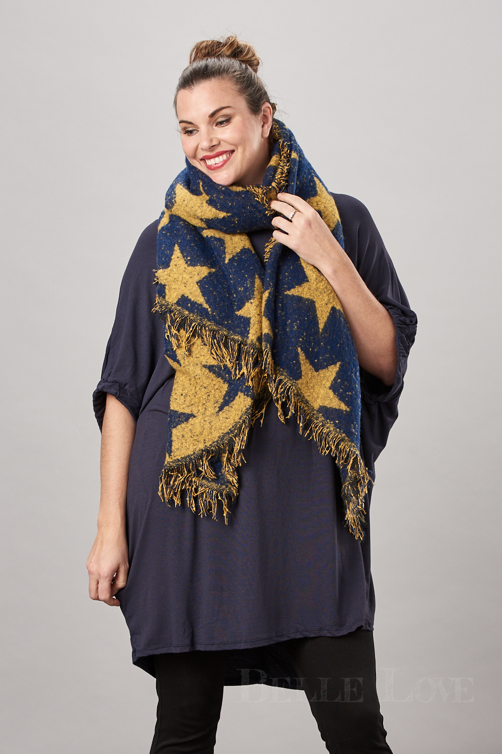 Belle Love Italy Chunky Reversible Star Scarf