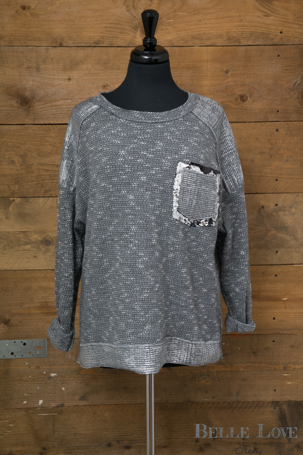 Belle Love Italy Sequin Patch Pocket Top