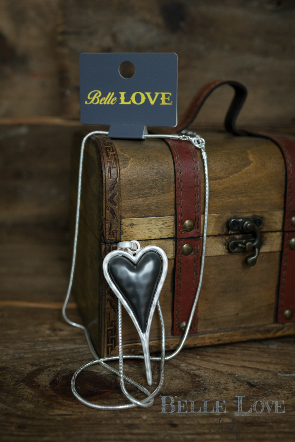 Belle Love Italy Grey Heart Necklace