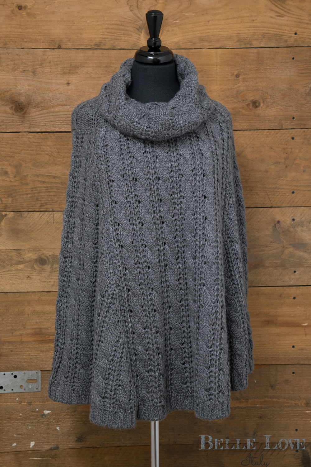 Belle love Italy Knitted Poncho