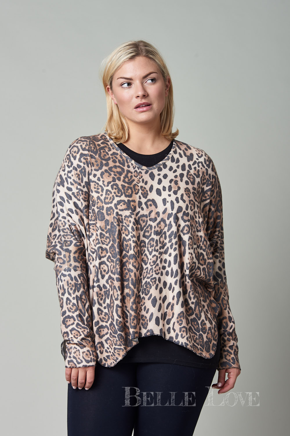 Belle Love Italy Short Leopard Print Top
