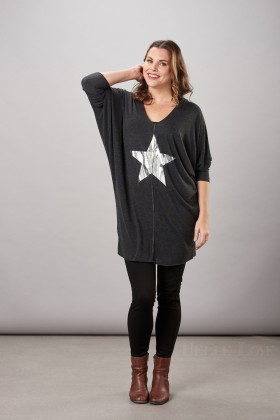 Belle Love Italy Raw Seam Front Star Top