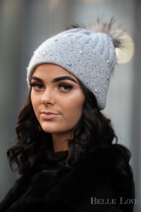 Belle Love Italy Touch Of Pearl Cashmere Mix Pom Pom Hat