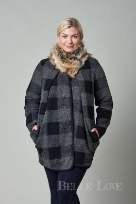 Belle Love Italy Genoa Fur Collar Coat